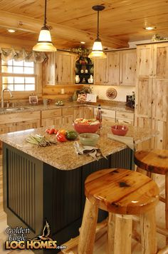 Golden Eagle Log & Timber Homes Exclusive Homes Are Black Molds Toxic? Log Cabin Kits, Log Cabin Homes, Log Cabins, Cabin Ideas, Timber Frame Homes, Timber House, Kitchen Colors, Kitchen Design, Kitchen Ideas