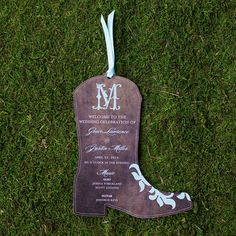 Then be sure that your wedding programs have some country flair. | 24 Ways To Throw A Spectacular Country-Themed Wedding