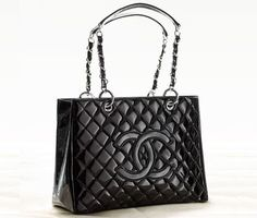 Channel handbags I live to one day own this!!!