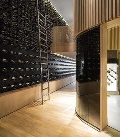 #Luxuosa Loja de Vinhos - Mistral Wine Store.  http://www.jtavares.blog.br/noticias/luxuosa-loja-vinhos-mistral-wine-store/