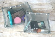 Mesh Cosmetic Bags and Pouches - Perfect for Traveling to hold your make-up, personal care products and more! #sponsored review