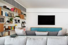 A Bright Apartment i