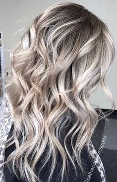 Ash Toned Blonde Balayage For A Gorgeous Hair Transformation So beautiful blonde hair balayage Blonde Wig, Blonde Balayage, Bayalage, Blonde Fall Hair Color, Medium Ash Blonde Hair, Icy Blonde, Platinum Blonde Hair, Short Blonde, Brown Hair