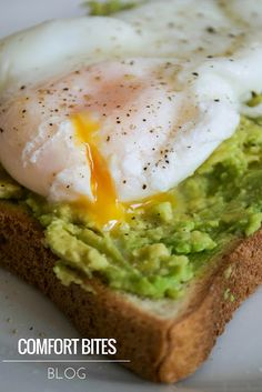 Creamy avocado toast with a poached egg (gluten free) aip & Avacado Toast, Avocado, Dairy Free Diet, Gluten Free, Diet Pills That Work, Paleo On The Go, Cook Up A Storm, Breakfast Toast, Poached Eggs