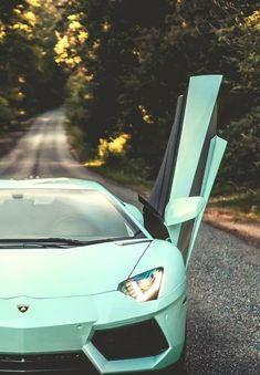 BMW 5 series Lamborghini Aventador Roadster Audi unveils first luxury-class e-tron concept car in Beijing Luxury Sports tiffany blue Aventad. Luxury Sports Cars, Sport Cars, Luxury Auto, Sport Sport, Audi Sport, Sport Bikes, Carros Lamborghini, Blue Lamborghini, Custom Lamborghini