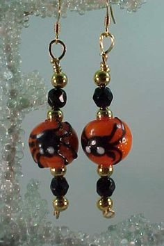 Halloween Lampwork Glass Spider Pumpkin Bead Earrings  #Halloween #jewelry www.loveitsomuch.com