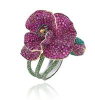Red-Carpet Jewels Go 'Green' in Cannes - NYTimes.com