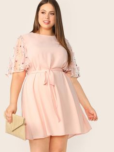 To find out about the Plus Flower Applique Mesh Sleeve Belted Dress at SHEIN, part of our latest Plus Size Dresses ready to shop online today! Half Sleeve Dresses, Half Sleeves, Types Of Sleeves, Dresses With Sleeves, Halter Dresses, Mesh Dress, Belted Dress, Wrap Dress, Dress Long