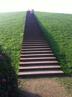 Udo Lindenberg Platz Berg, Landscaping, Sidewalk, Stairs, Stairway, Side Walkway, Yard Landscaping, Walkway, Staircases