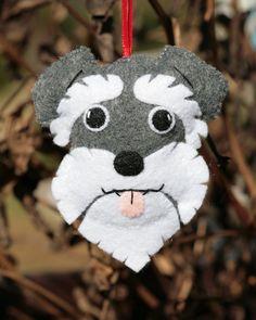 48 Little Schnauzer Crochet Dog [Free Pattern] Felt Christmas Ornaments, Dog Ornaments, Christmas Crafts, Christmas Decorations, Felt Crafts, Diy And Crafts, Simple Crafts, Schnauzer Art, Felt Dogs