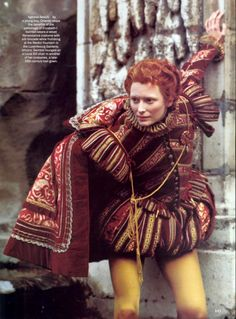 Tilda Swinton as Orlando photographed by Karl Lagerfeld for Vogue, July 1993 Costume by Sandy Powell Tilda Swinton, Theatre Costumes, Movie Costumes, Orlando Film, Sandy Powell, British Costume, Shakespeare In Love, Shakespeare Clothing, Tudor Costumes