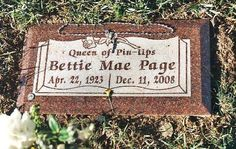 Bettie Page,,queen of pin ups...