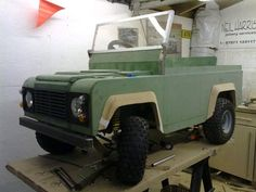my toylander 2/defender Pedal Cars, Golf Carts, Monster Trucks, Projects To Try, Land Rovers, Land Cruiser, Jeep, Toy, Bedroom