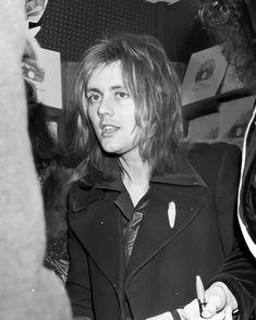 Screaming Girl, Queen Drummer, Queen Videos, Roger Taylor Queen, Queen Pictures, Real Queens, Somebody To Love, Queen Band, John Deacon