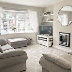 Decor Home Living Room, Living Room Decor Inspiration, Living Room Grey, Living Room Interior, Home And Living, Living Room Designs, Home Interior Catalog, What A Nice Day, Room Ideas Bedroom