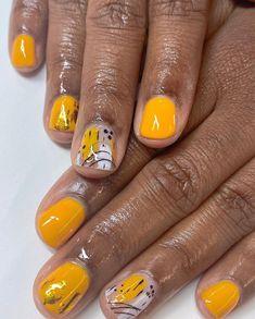 Diva Nails, Glam Nails, Cute Nails, Nail Tip Designs, Acrylic Nail Designs, Manicure Y Pedicure, Nail Spa, Peach Nail Art, Bella Nails