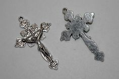 3 pcs. antique silver pewter alloy cross by sedonastonesllc, $1.25