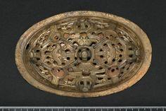 Ovalspenne i bronse, Ryum, Nærøy, Nord-Trøndelag. Fotoportalen UNIMUS