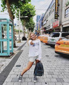 Bailey May, Girl Model, South Korea, Seoul, The Unit, Singer, Instagram, Pasta, Fandoms