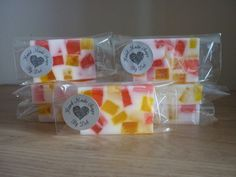 PINEAPPLE, STRAWBERRY AND COCONUT SOAP BAR. £2.75