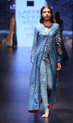 a1ae667e28 Aartivijay Gupta | Divya Sheth | Vrisa Indian Suits, Indian Attire, Indian  Tops,