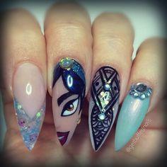 Who doesn't love #princessjasmine #nails #nailart #disney #disneynails #ringfinger #inspo from @leximartone #getbuffednails #handpainted #babyblue #glitter #bling #longnails #pointynails #nailprodigy #nailartdesigns #notd #instanails #ignails #gelpolish #blueblackhair #cutenails