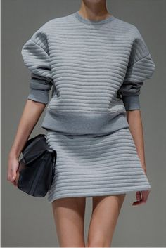 Knitwear Experiments #monochrome #runway #backtofall