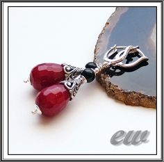 Silver earrings with jade.