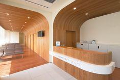 木で包むクリニック待合室(施工事例)|nakatani studio - 住宅、医療関係、テナントビルなどの建築設計事務所・中谷俊治1級建築士事務所
