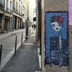 By @alo_art  #streetart #streetartist #urbanart #urbanartist #graffiti #graff #graffitiwall #wall #wallporn #wallpornart #streetarteverywhere #streetphoto #streetartandgraffiti #urbanwalls #graffart #spray #bombing #collage #pochoir #sticker #instagraff #streetartparis #parisgraffiti Rue Quincampoix #paris #75003