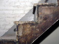 onbewerkte-houten-trap