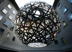 A sculpture by Olafur Eliasson located in the Fünf Höfe shopping mall in Munich Alien Videos, Shopping Mall Interior, Olafur Eliasson, Unusual Art, Inspirational Videos, Public Art, Installation Art, All Art, Sculpture Art