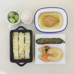 . gooooooooood morning saturday :-}))))) . #goodmorning #morning #breakfast #yummy #goodfood #instafood #onthetable  #homemade #foodie #foodstagram #foodphoto #yum #top_food_of_instagram #S_S_iloveBreakfast #朝食 #早餐 #朝ごパン #烘培 #baking #roasted_cheese_butter_potato #cinnamon_castardcream_pear_dappy #tomato_honeybread #roasted_salami_zucchini
