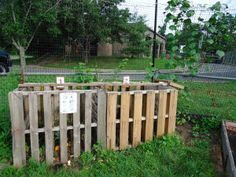 Awesome ‎#pallet Compost Bin tutorial from our pals out in Highland Park. Glad we could help out :)