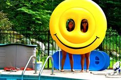 A smiley float. I want this!!