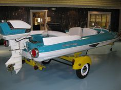old finned boats | ... Lakes Maritime Museum – Part 2 | Classic Boat News / Woody Boater
