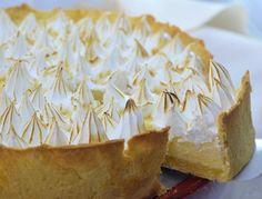 PREPARACION Lemon Merengue Pie, Lemon Pie Receta, Lemon Cheese, Cake Recipes, Dessert Recipes, Pan Dulce, Eclairs, Pavlova, Macaroons