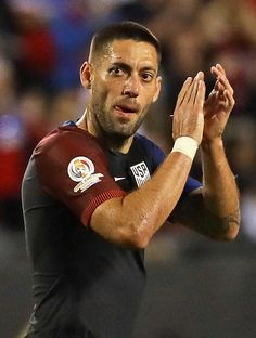 Clint Dempsey Photos Photos - Clint Dempsey #8 of the United States applauds as he leaves the field in the second half during a match against Costa Rica in the 2016 Copa America Centenario at Soldier Field on June 7, 2016 in Chicago, Illinois. The United States defeated Costa Rica 4-0. - United States v Costa Rica: Group A - Copa America Centenario