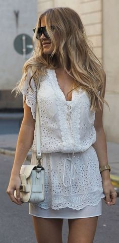 Cute Casual Outfits to Try Now Featuring New Arrivals and Stylish Embroidery Clothing. The Latest Boho style fashion outfit inspiration and the latest fashion trends and more Check it out ! Boho Chic, Summer Outfits, Casual Outfits, Summer Dresses, Dress Casual, Casual Hair, Look Fashion, Womens Fashion, Fashion Trends