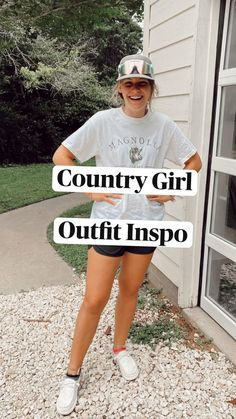Cowgirl Style Outfits, Western Outfits Women, Country Style Outfits, Southern Outfits, Rodeo Outfits, Country Girl Style, Really Cute Outfits, Cute Comfy Outfits, Teen Fashion Outfits