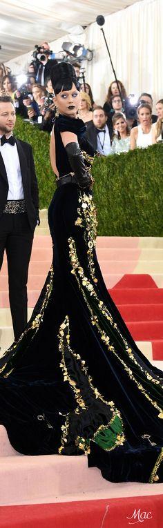 Met Gala 2016: Katy Perry in Prada