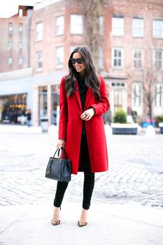 #redcoat#elegantstyle#pumps#sunglasses  Lovely