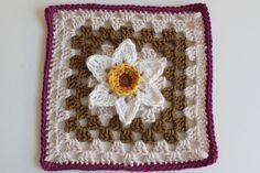 Ravelry: Project Gallery for Gran's Garden - Flower No 25 pattern by Renate Kirkpatrick
