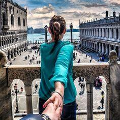 Natalia zakharova murad osmann gh яндекс 및 путешествия Camping Ideas, Murad Osmann, Hold My Hand, Foto Pose, Jolie Photo, Healthy Summer, Follow Me, Travel Style, Flirting