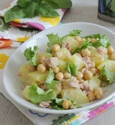 INSALATA FREDDA DI PATATE CECI E TONNO piatto estivo veloce e gustoso Best Italian Recipes, Favorite Recipes, Cena Light, Vegetarian Recipes, Healthy Recipes, Healthy Food, Cold Dishes, Fish Salad, Weird Food