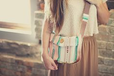 I like this crossbody a lot. seems pretty simple too   From: Sincerely, Kinsey: Summer Satchel DIY