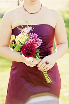 bridesmaid bouquet. different colors but I like the shape