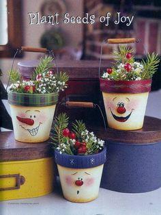 Painting Christmas Ornaments - giga artes country - Álbumes web de Picasa