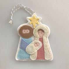 Holy Family Ornament Felt Nativity Felt Christmas image 2 This darling felt Christmas ornament of the Holy Family is a great addition to your tree this season. This ornament is hand sewn by me to ensure lasting quality. Sewn Christmas Ornaments, Nativity Ornaments, Felt Christmas Decorations, Nativity Crafts, Christmas Sewing, Christmas Nativity, Felt Ornaments, Handmade Christmas, Christmas Crafts