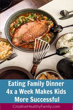 Eating family dinner together at least four times a week makes kids more successful Easy Healthy Recipes, Healthy Choices, Easy Meals, Natural Parenting, Kids Health, Health And Nutrition, Family Meals, Healthy Lifestyle, At Least